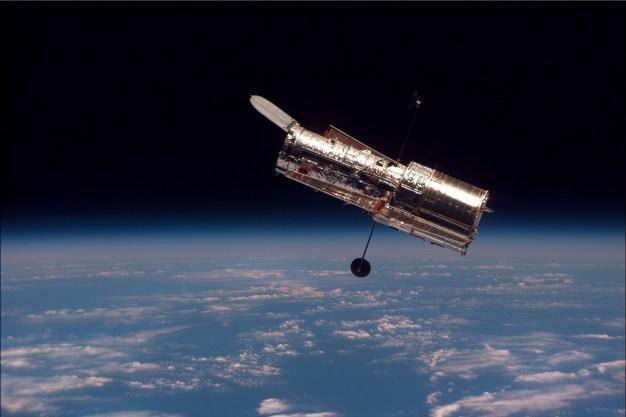 Resultado de imagen de hubble telescope