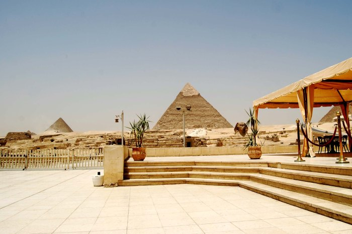 Pyramids, Memphis and Sakarra