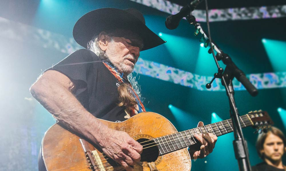 20-top-selling-country-stars_willie-nelson