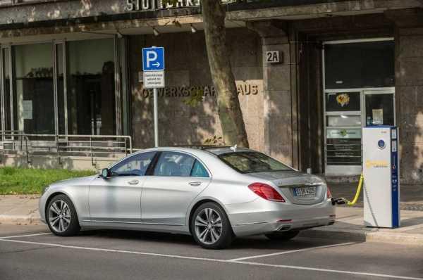 2015 Mercedes Benz S550 Plug In Hybrid charging