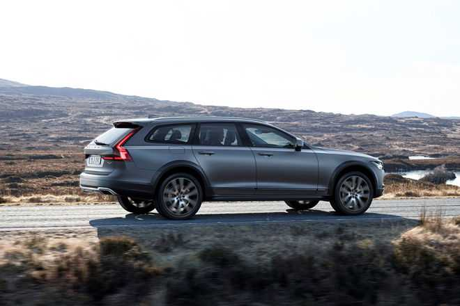 V90 Cross Country Wagon