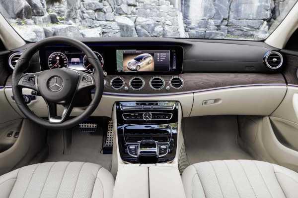 Mercedes Benz E-Class All-Terrain interior