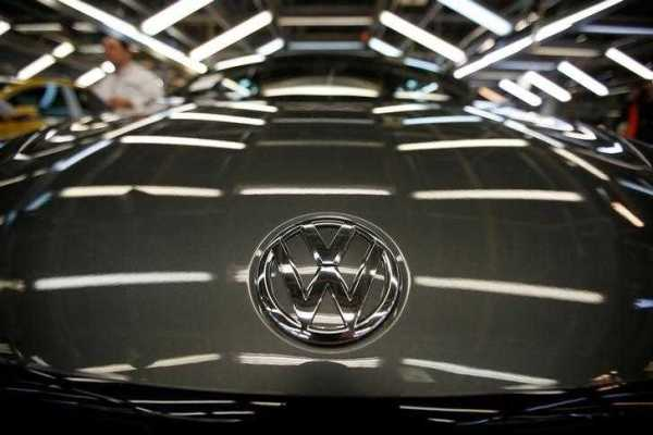 Volkswagen Signs Up with Hubject