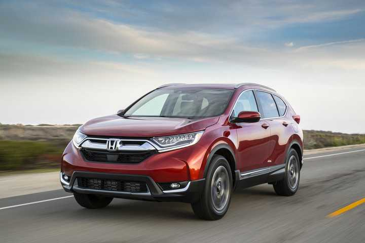 Iihs awards 2017 honda cr v superior rating top safety pick for Iihs honda crv