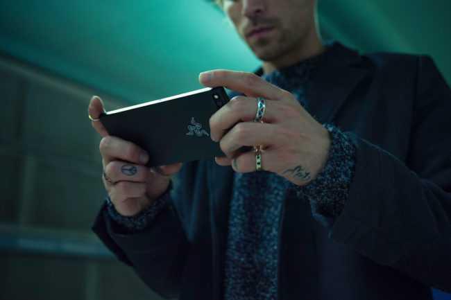 Xiaomi's New Gaming Smartphone BlackShark Will Compete with Razer Phone