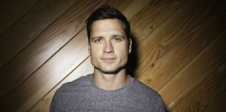 Walker Hayes boom