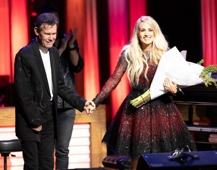 Carrie Underwood Randy Travis Opry