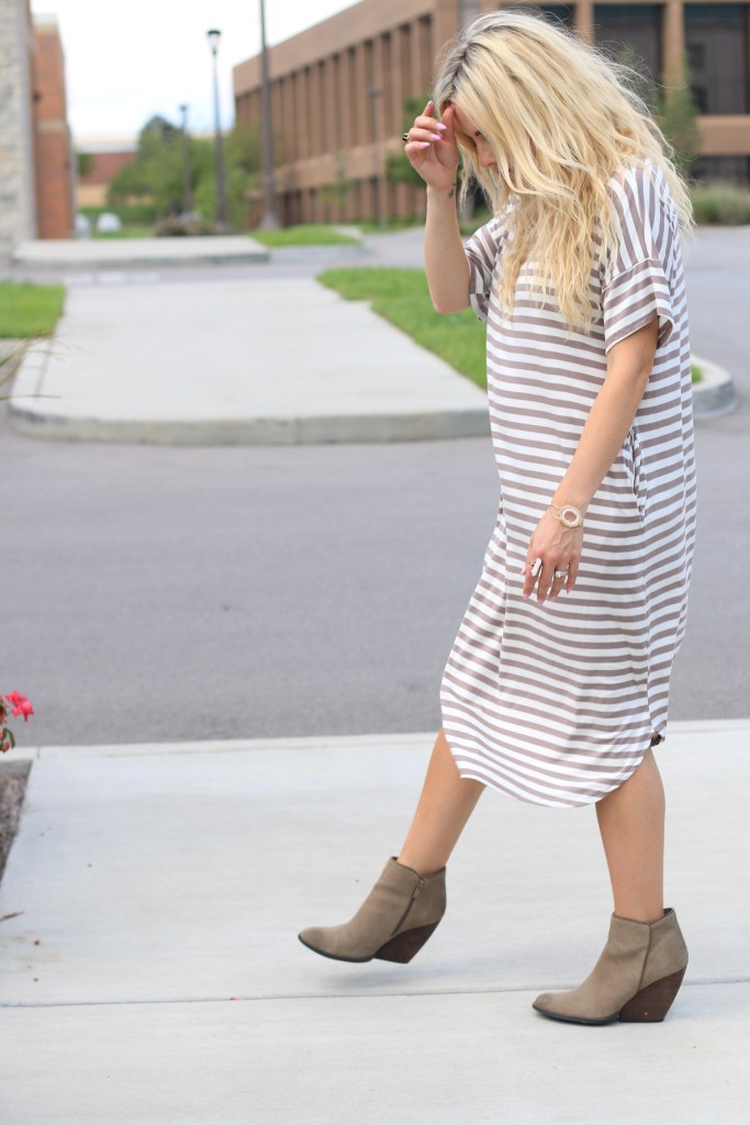 img_5308 - Striped Pocket Dress: It Can Do No Wrong by popular Nashville fashion blogger Nashville Wifestyles