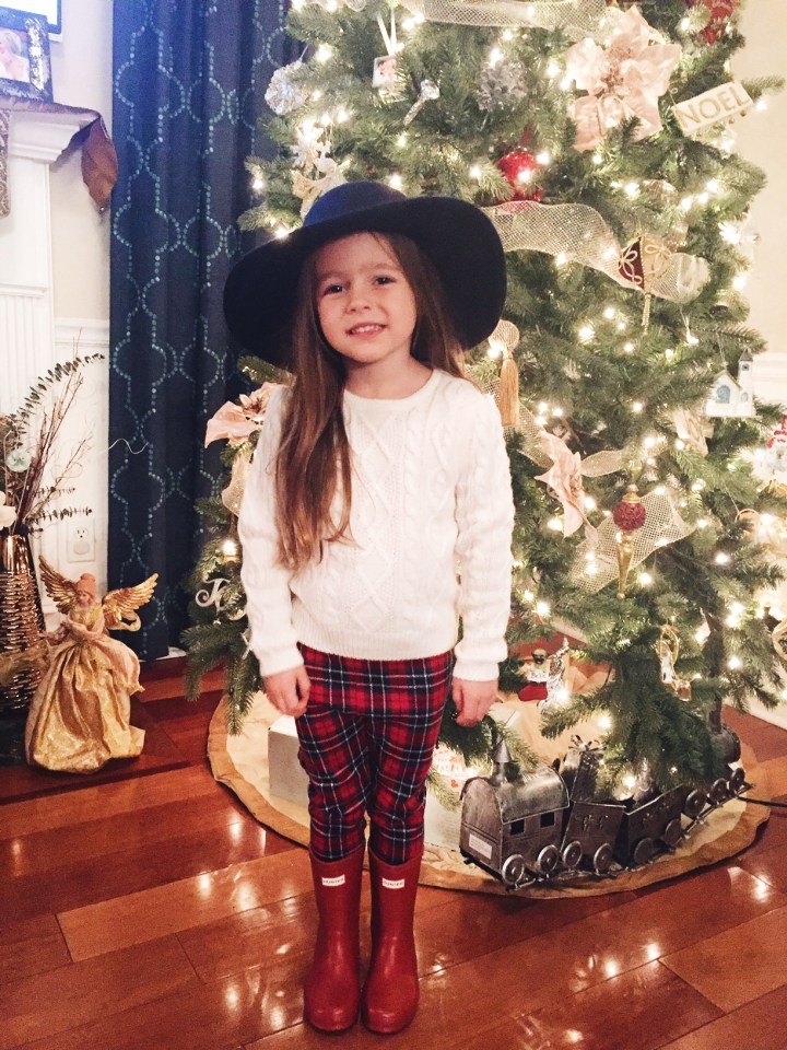 holiday card outfits for kids: nashville wifestyles