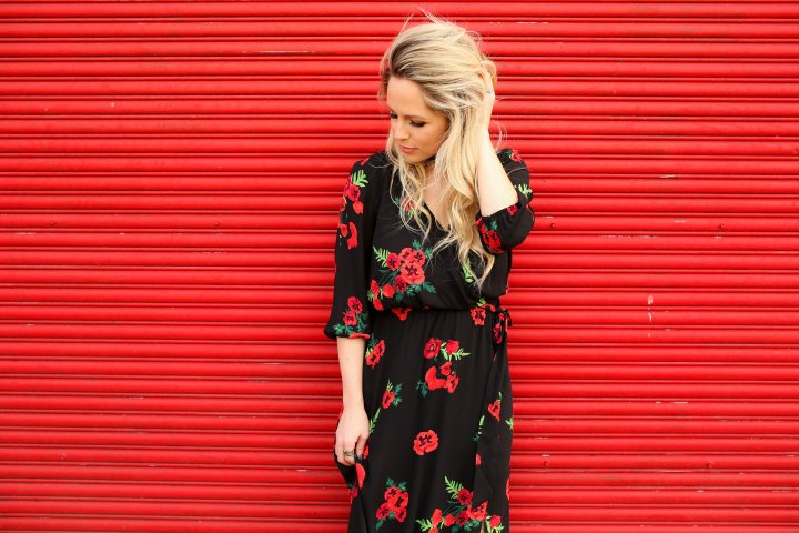 poppy floral dress, maxi dresses for spring, post partum fashion, cutest floral maxi dresses