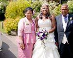 Jagan Babwah cженой и дочерью в день свадьбы