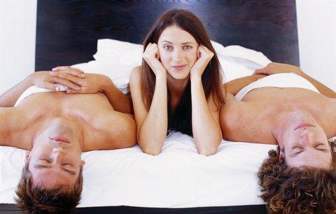 Секс втроем: кого позвать в постель