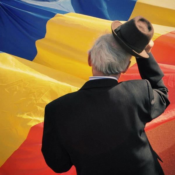 Tricolorul-Romaniei-Ziua-Imnului-National