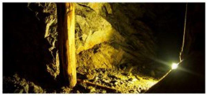 Złoty Stok - Kopalnia złota. Jeden z szybów w którym wydobywano kruszec.