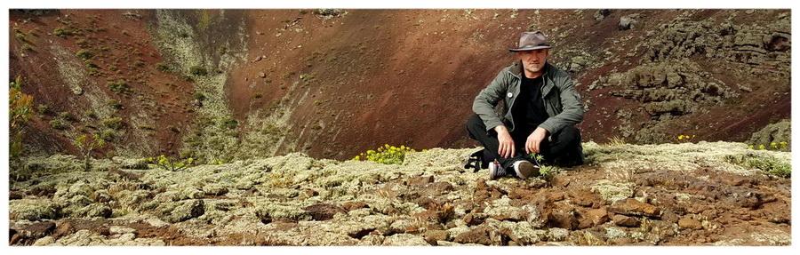 Hiszpania-Lanzarote-wyspa-ognia-wulkaniczna-kanaryjskie-atrakcje-Piotr-Kiżewski-wulkan-szczyt-krater