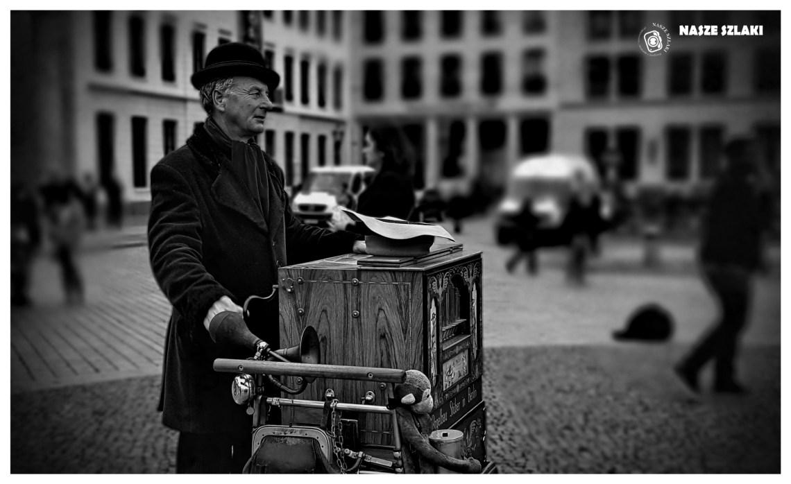 Berlin legendarny kataryniarz ze stolicy Niemiec