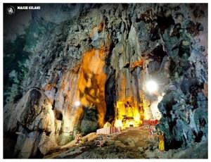 Świątynia w jaskini w Batu Cave w Malezji