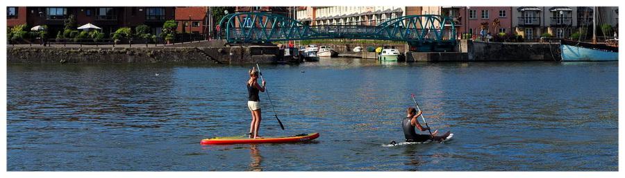 Bristol-UK-Anglia-Avon-Wielka-Brytania-opowiadanie-blog-podróże-zwiedzanie-turystyka-co-zobaczyć-harbour-port-kanał-statki-widok