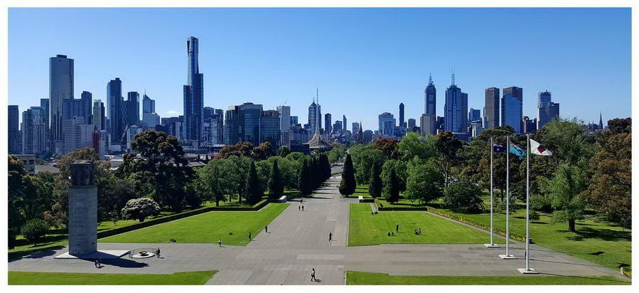 Shrine of Remembrance w Melbourne - Australia