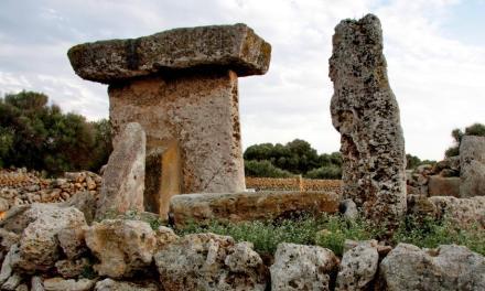 Minorka na Balearach i Tajemnicze, kamienne megality