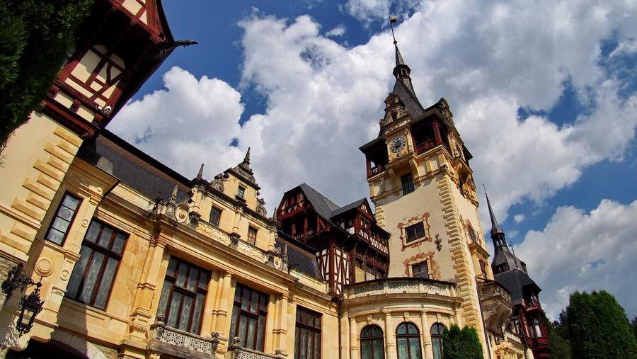 Zamek Peles w Rumunii – Atrakcja z najwyższej półki