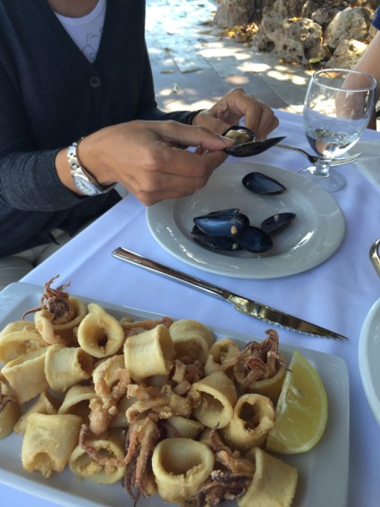 Calamari and Mussels at Bar La Aduana, Valencia