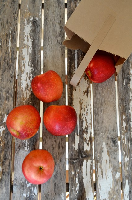 Apples, Mama ía