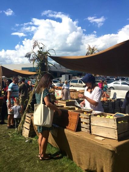 Market, Johnny Appleseed Festival, Mama ía