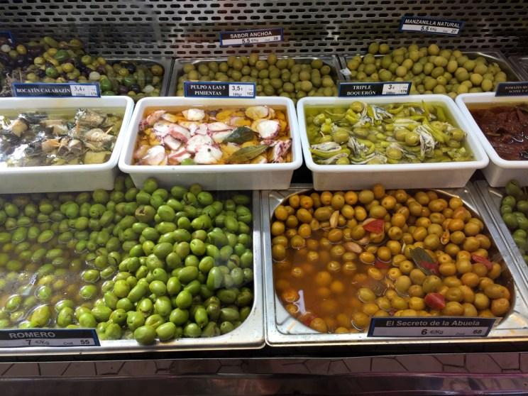 Olives, Mercado Central, Mama ía