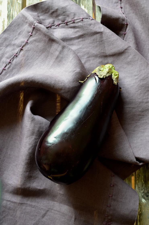 Eggplant, Mama ía blog