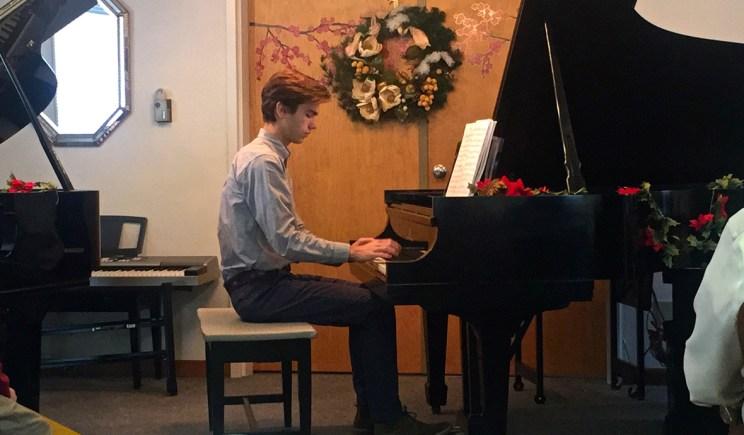 Ethan at piano recital, Mama ía blog