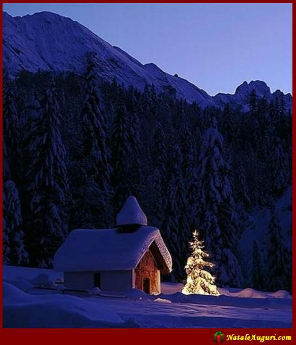 Paesaggio innevato Natale Auguri
