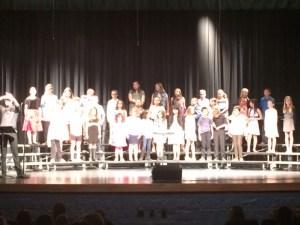 elementary-bulldog-choir