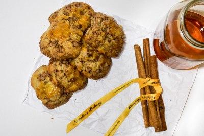 cinnamon scones