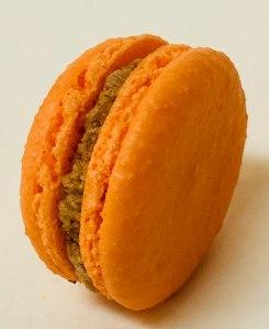 Pumpkin Spice Macaron