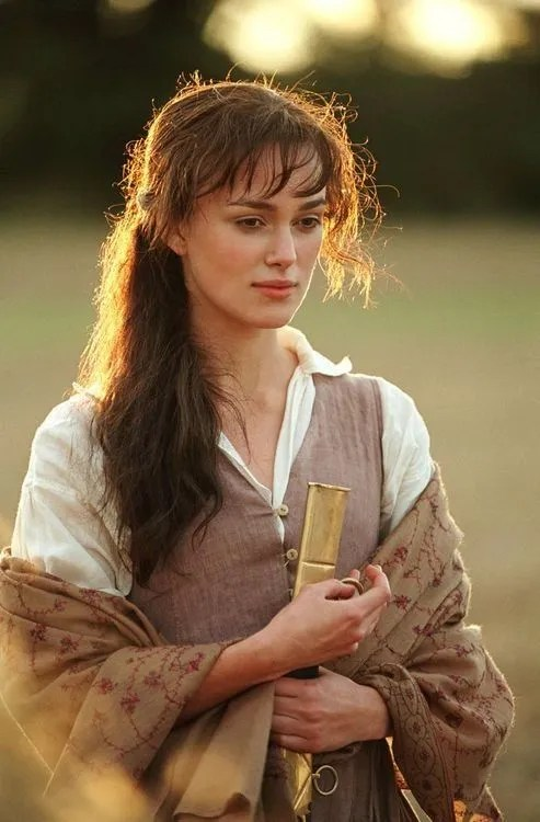 Keira Knightley as Elizabeth Bennett in 2006's Pride and Prejudice wearing a pashima-like shawl. © 2021 Focus Features. A Comcast Company.