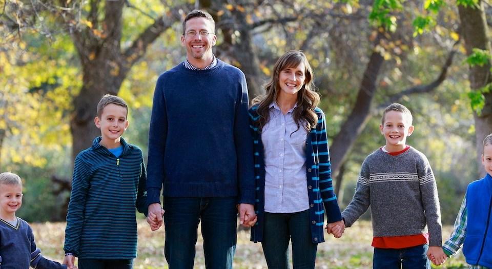 Beautiful Family Session {Fall in Oak Glen, California}