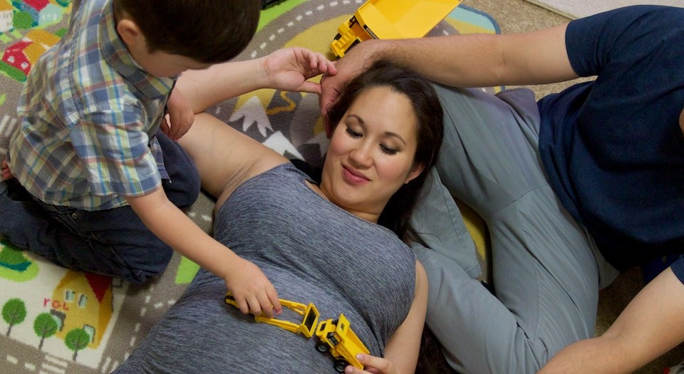 Beautiful Maternity/Family Session {Maternity Pictures in Riverside}