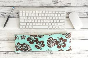 How to Make a Keyboard Wrist Rest - Easy Sewing Project