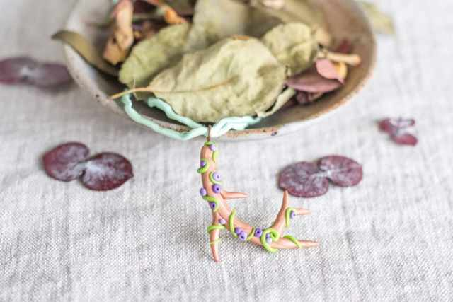 polymer clay antler necklace tutorial