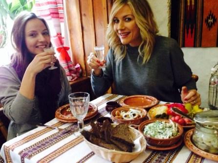 come bevono la vodka i russi con gli amici