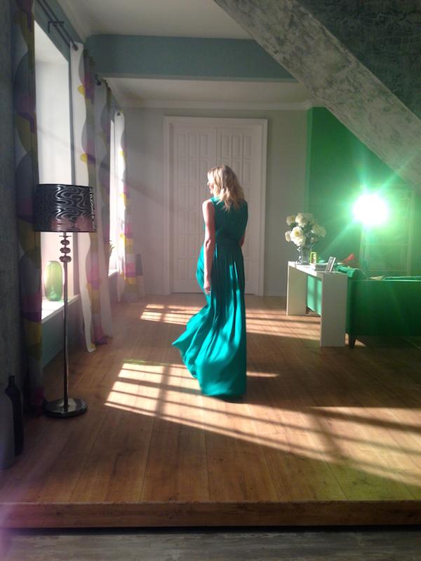 come scegliere un vestito verde smeraldo