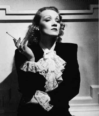 Come indossare lo smoking da donna marlene-dietrich-smoking