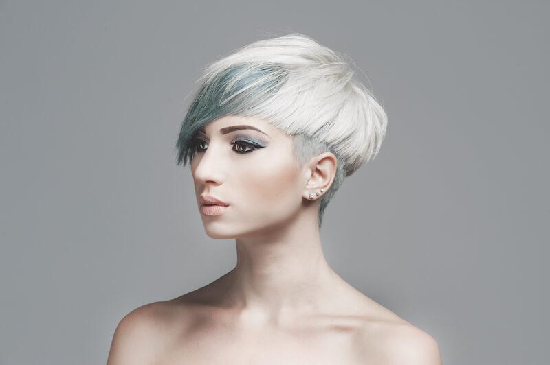 tagli di capelli primavera bianco_celeste_ot