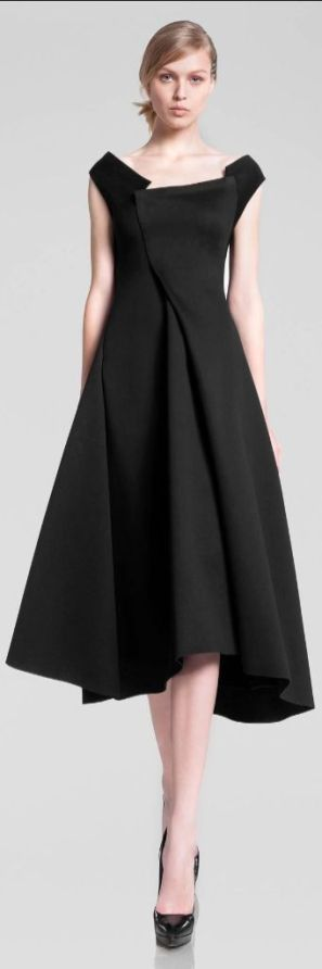 come-indossare-il-tubino-nero-donna-karan-1