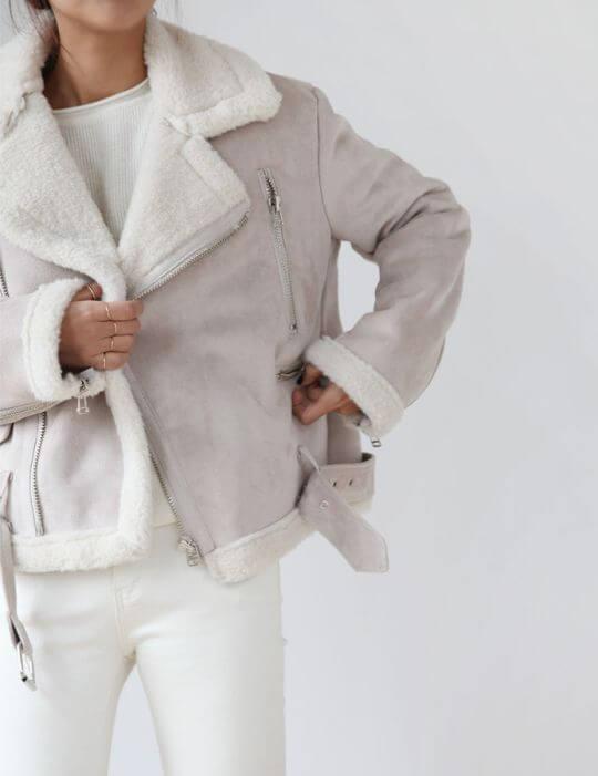 pantaloni bianchi in inverno death by elocution.tumblr.com