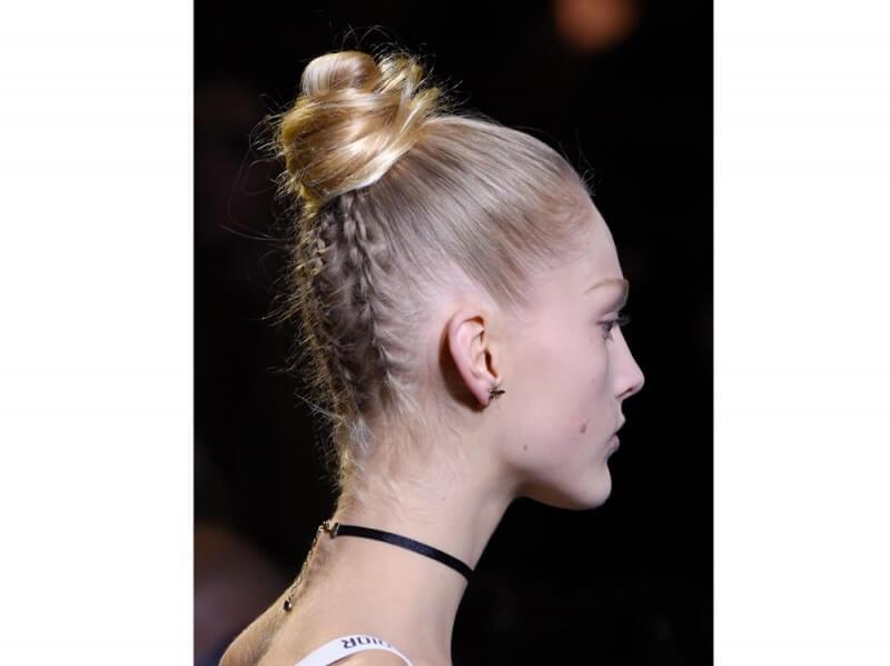 Tendenze capelli primavera 2017 Dior