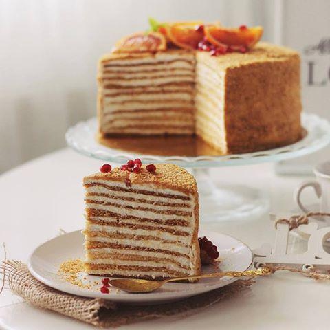 Come preparare la torta russa Medovik Stefanenko