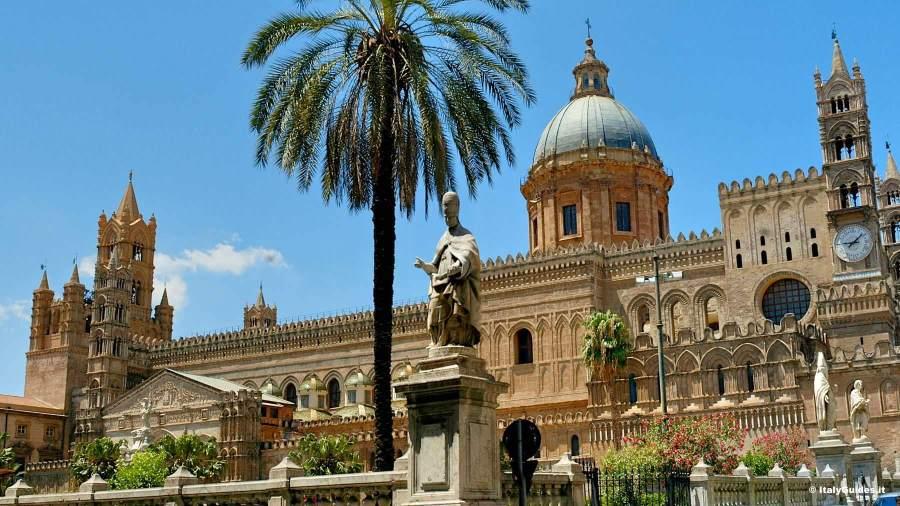 3 posti dove andare in viaggio appena comincia l'estate cattedrale palermo italyguides