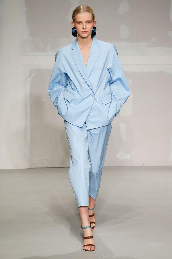 come indossare il tailleur maschile 2018 Krizia